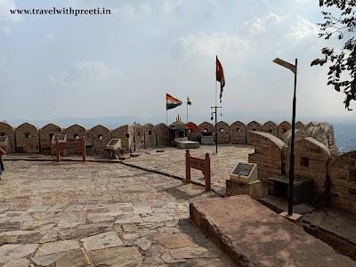Jaipur Trip - Nahargarh Fort -- जयपुर का नाहरगढ़ किला