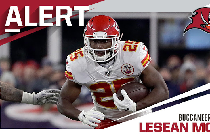 LeSean McCoy Signs With The Buccaneers