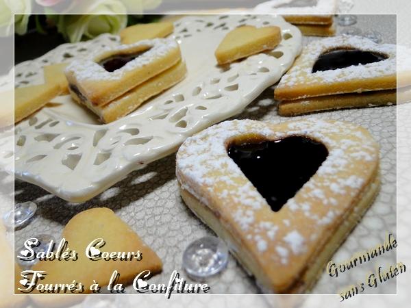 Sablés coeurs sans gluten fourrés à la confiture