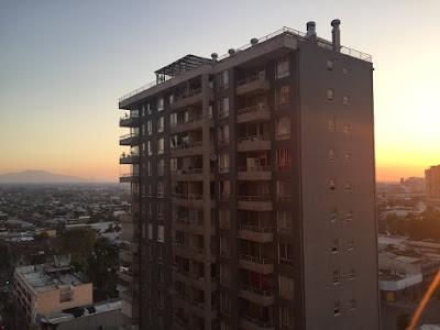 Gute Nacht, Santiago. Allerdings geht die Sonne im Sommer hier erst um 10 Uhr abends unter © diekremserin on the go