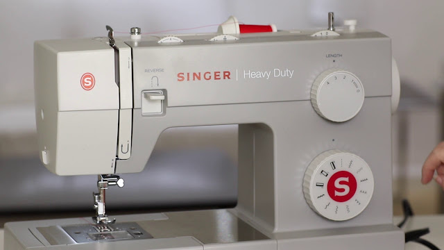 Singer 4411 - Inexpensive Sewing Machines