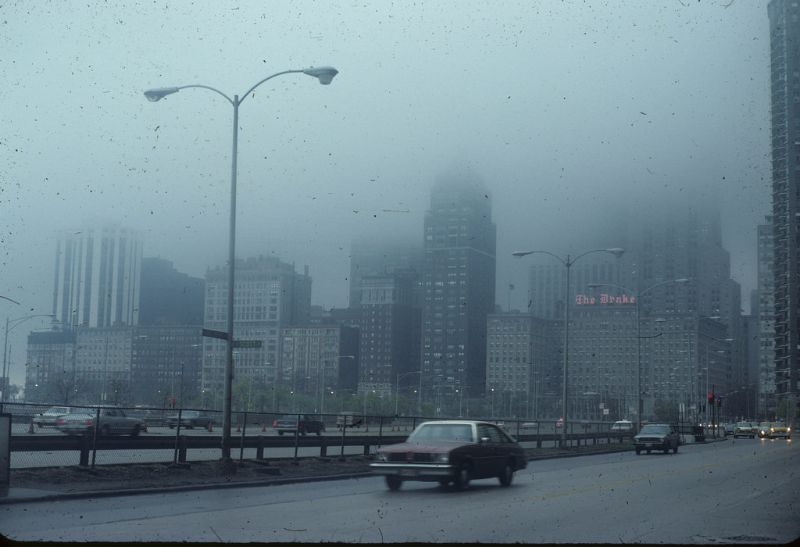 47 Fantastic Photos That Capture Street Scenes Of Chicago In The Early 1980s Vintage Everyday