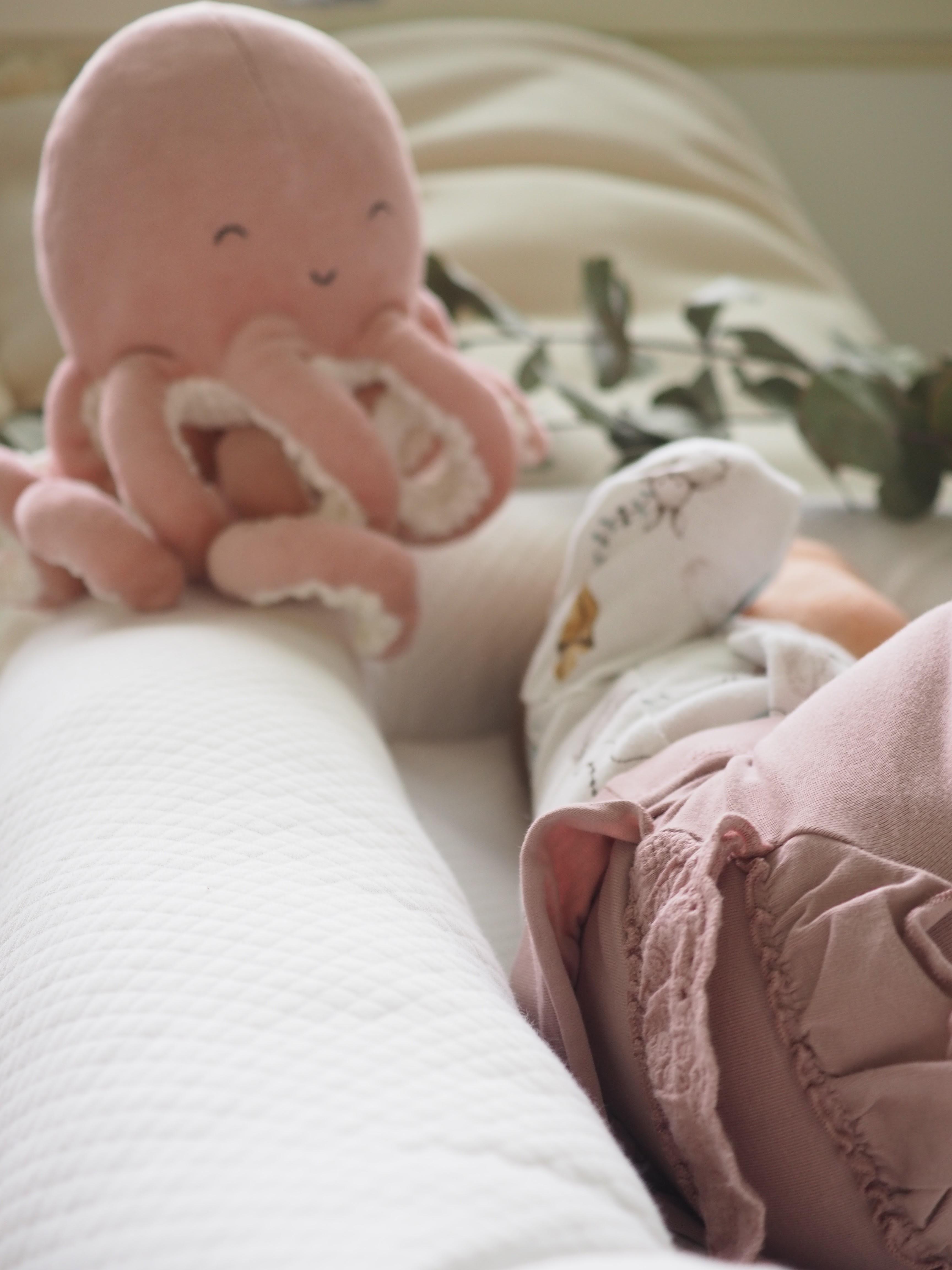 10 viikkoisen vauvan rytmi - Vai onko sitä?