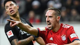 Eintracht Frankfurt vs Bayern Munich 0-3 Highights