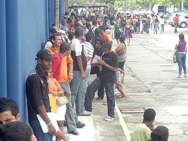 Brasil fecha 2016 com mais de 12 milhões de desempregados