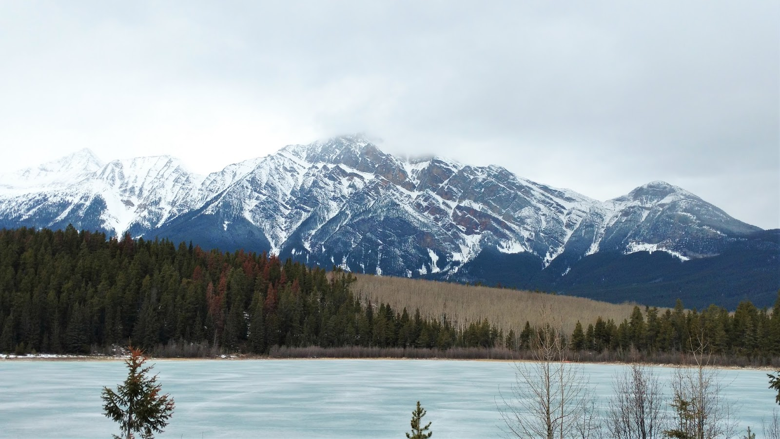 why you should visit jasper in march play outside guide