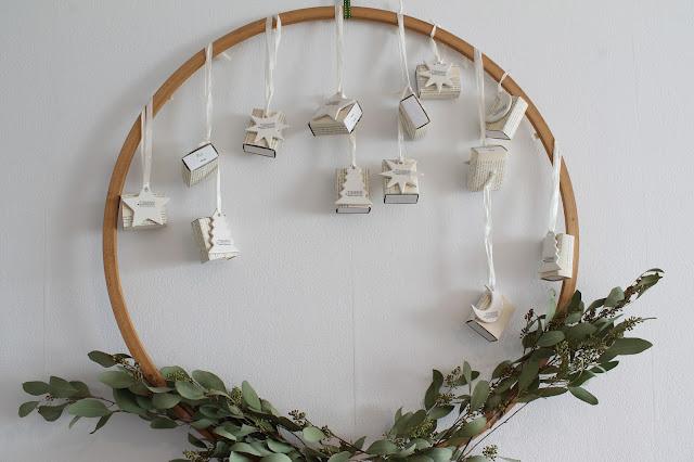 Hula Hoop Reifen Adventskalender DIY Streichholzschachteln christmas wreath