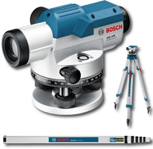 Bosch GOL32DSET Optical Level with GR500 Levelling Rod and BT160 Tripod
