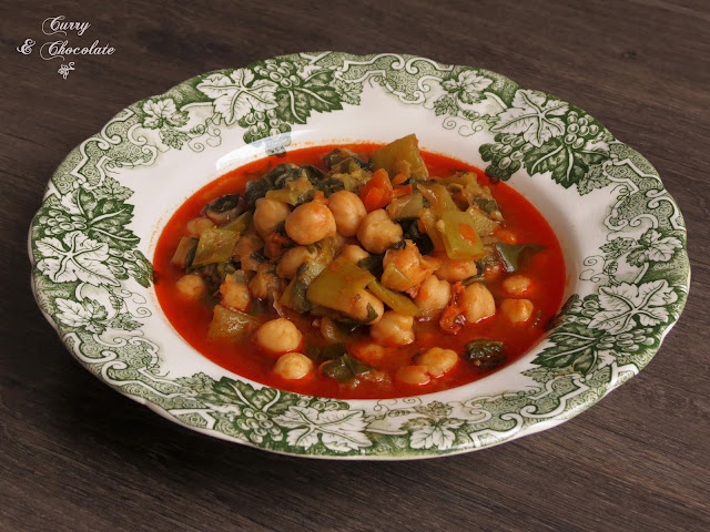 Potaje de garbanzos con verdura – Chickpea vegetable stew