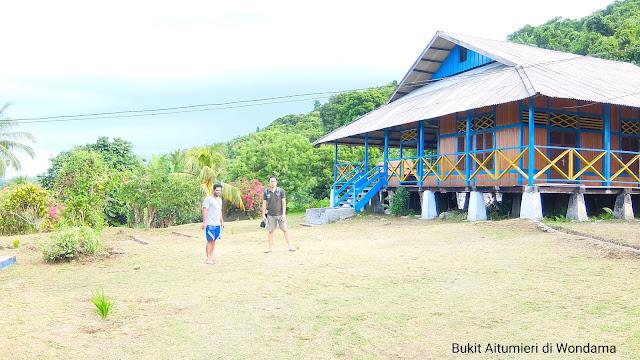 bukit Aitumieri di Teluk Wondama