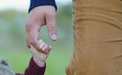 család, örökbefogadás, Románia, Cioloș-kormány, adoptii romania