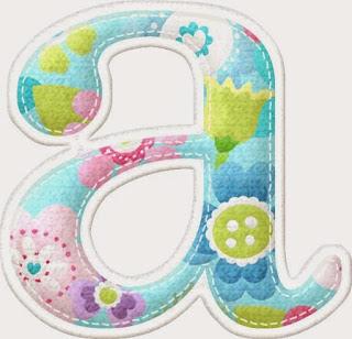 Precioso Alfabeto Primaveral con Flores y Botones.