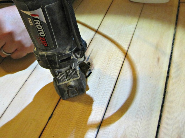Roto Zip tool for hole hardwood floor tutorial