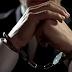 Polícia prende pastor evangélico acusado de abusar de fiéis da igreja