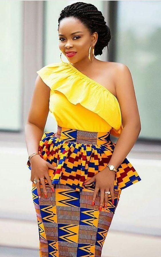 34 Latest Ghanaian Kente Dresses Styles For Engagement To