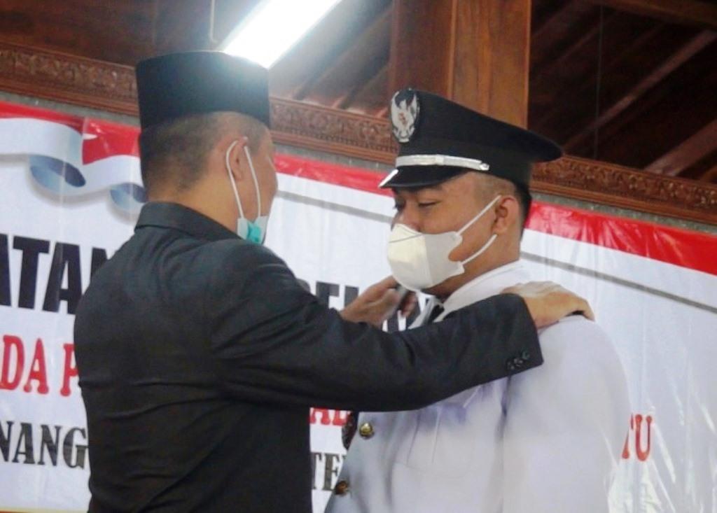 Mantan THL DPRD Kebumen ini Resmi Jabat Kades Kutowinangun