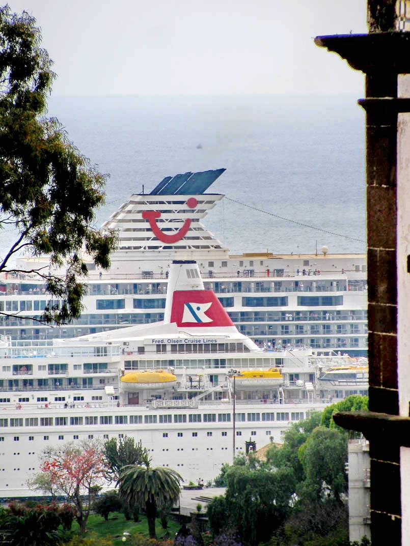 ship funnels