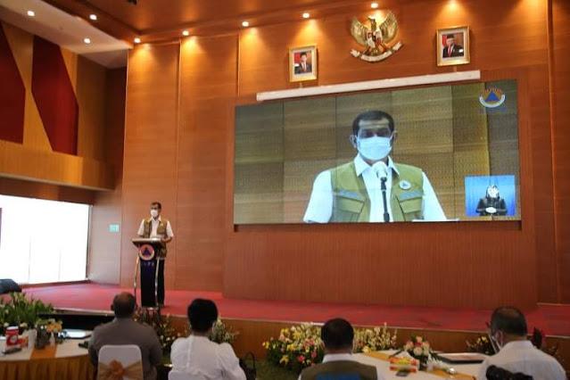 Antonius Latuheru Wakili Richard Louhenapessy Dapat Penghargaan Peduli Bencana dari BNPB