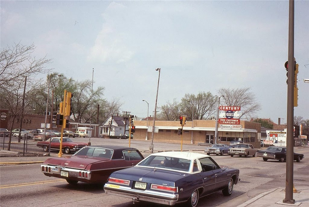 Pictures Of Chicago From Between The 1960s And 1970s