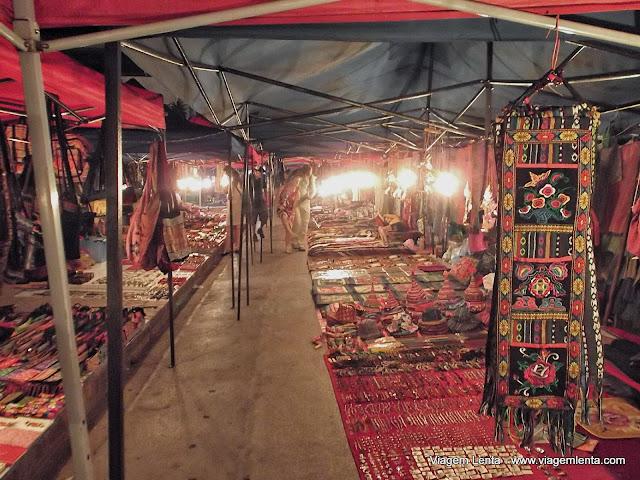 O mercado noturno da cidade