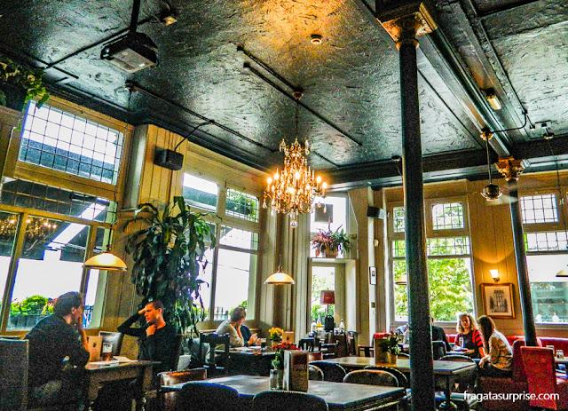Londres - Builder Arms Pub, em Kensington