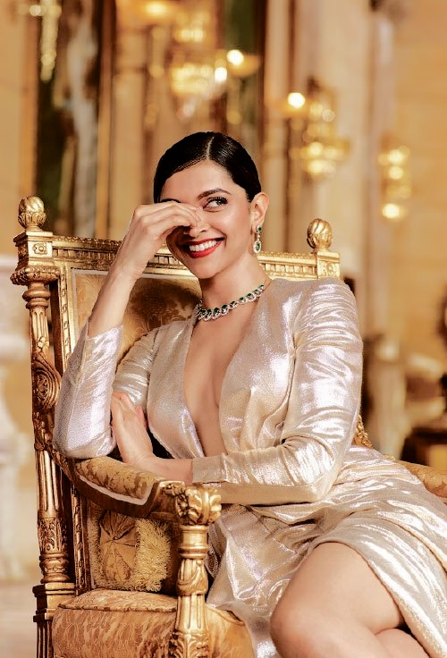 Deepika padukone s tanishq jewellery photoshoot 2016 for Deepika padukone new photoshoot for tanishq jewelry divyam collection