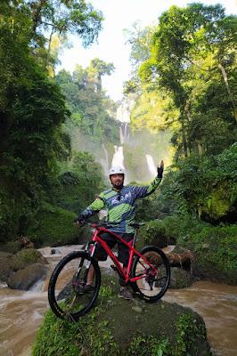 Gowes Bahagia Curugsewu, air terjun curugsewu , gowes bahagia, sepeda wisata