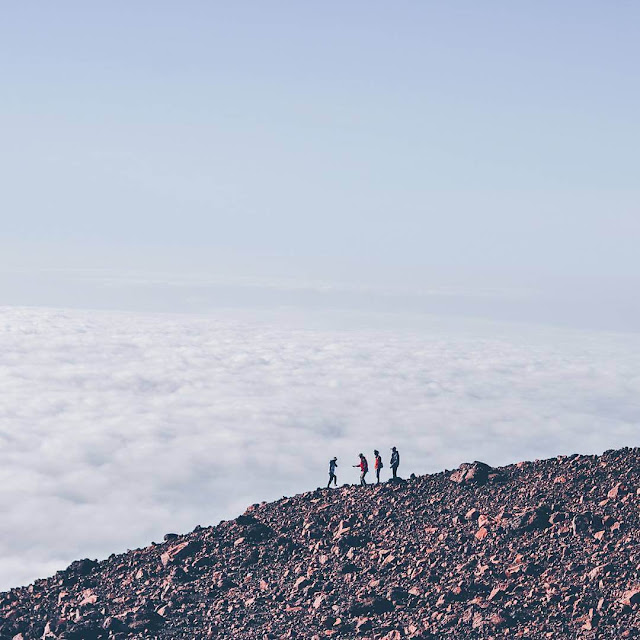 gunung tertinggi jawa gunung slamet