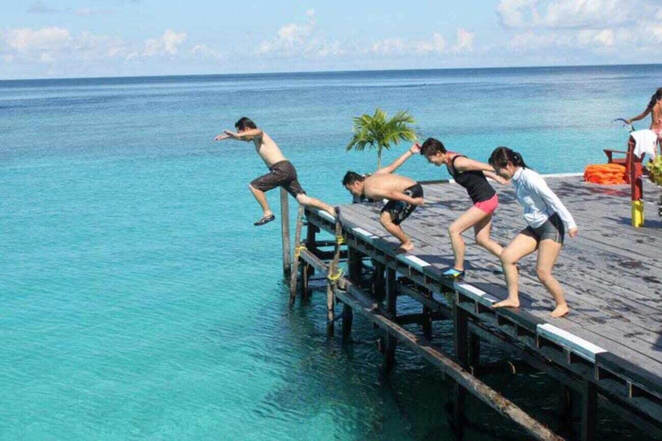 Indahnya Wisata Pulau Derawan Kalimantan Timur