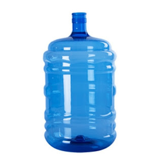 how much does a gallon of water weigh usa uk