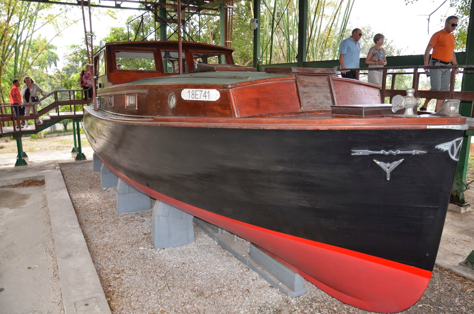 baugh s blog photo essay pilar hemingway s boat at finca vigia photo essay pilar hemingway s boat at finca vigia in