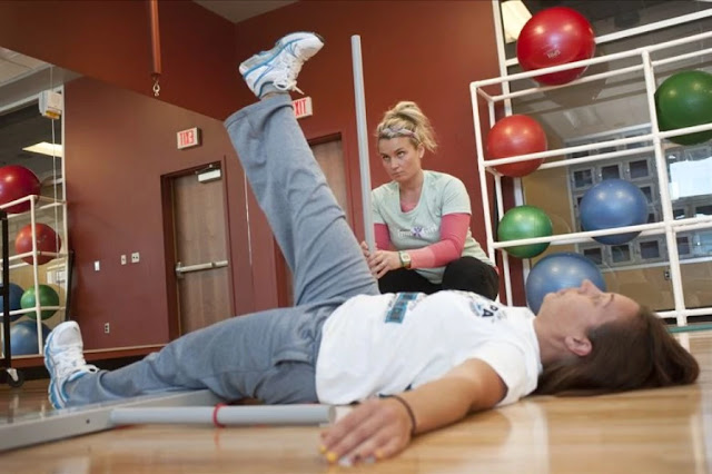 lower back pain - straight leg rise test