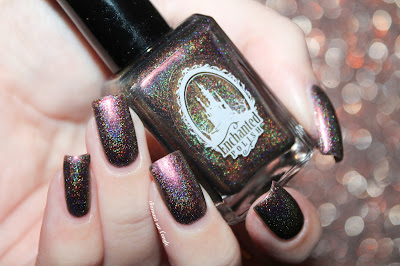 "Swatch of the nail polish ""Autumn"" from Enchanted Polish"