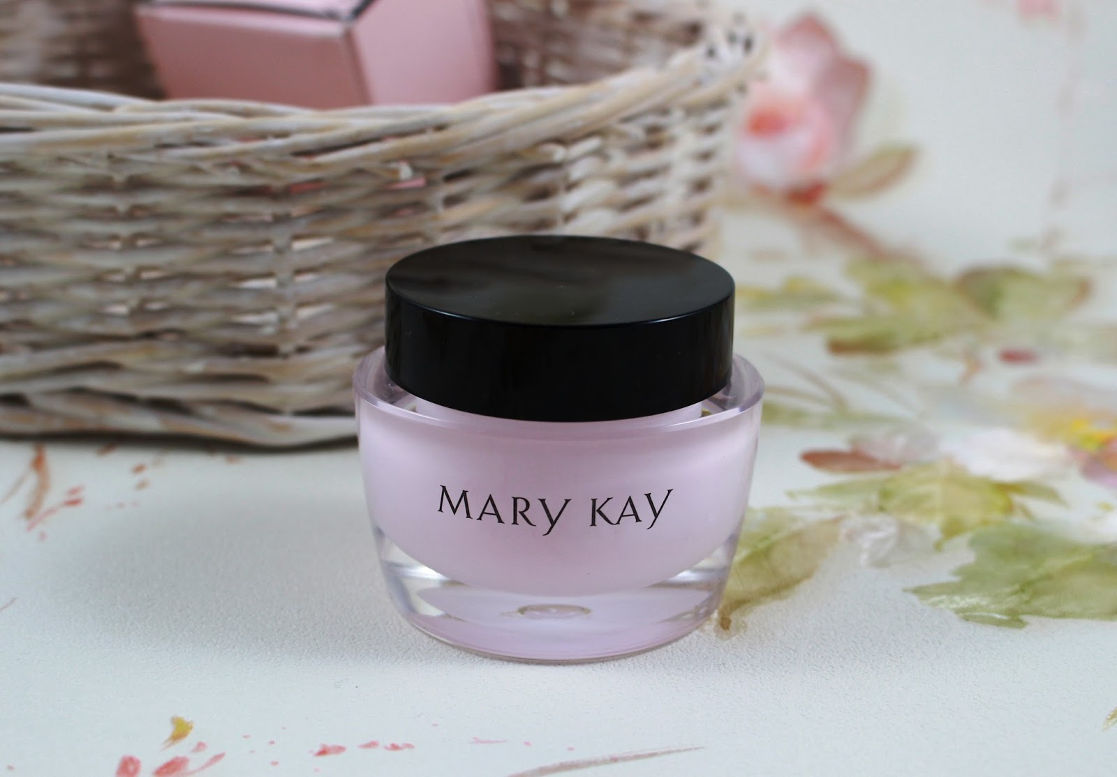 mary kay intensive feuchtigkeitscreme beautyinspiration. Black Bedroom Furniture Sets. Home Design Ideas