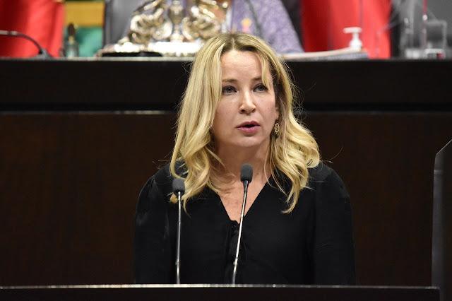 Claudia Pastor propone elevar a rango constitucional la prohibición para que ningún apoyo económico del Estado se utilice con fines electorales