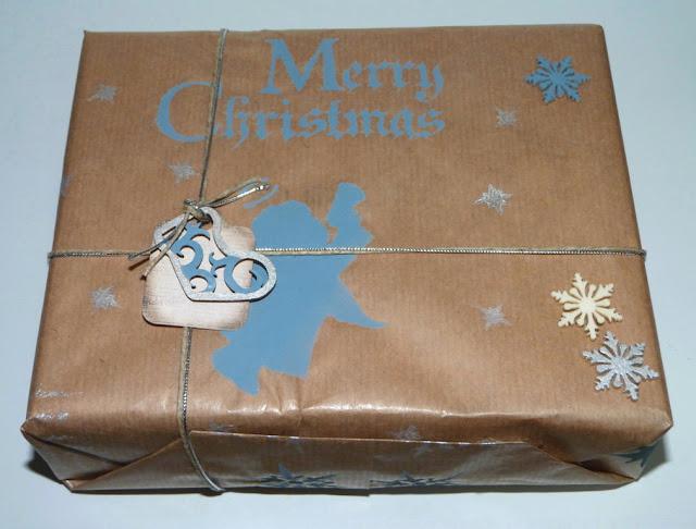 empaquetado-navideño-papel-kraft