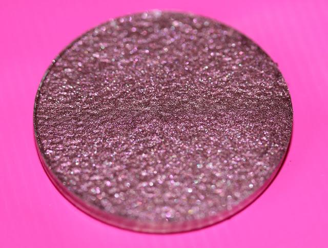 Clionadh Cosmetics Birthstone Saga Garnet swatch