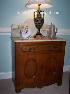 Living room wash stand https://jollettetc.blogspot.com