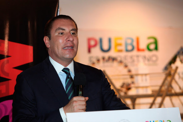 ¿HASTA AQUÍ LLEGÓ EL SUSPIRANTE POBLANO?: Denuncian a Moreno Valle por red de espionaje que alcanzó hasta al Presidente Peña Nieto