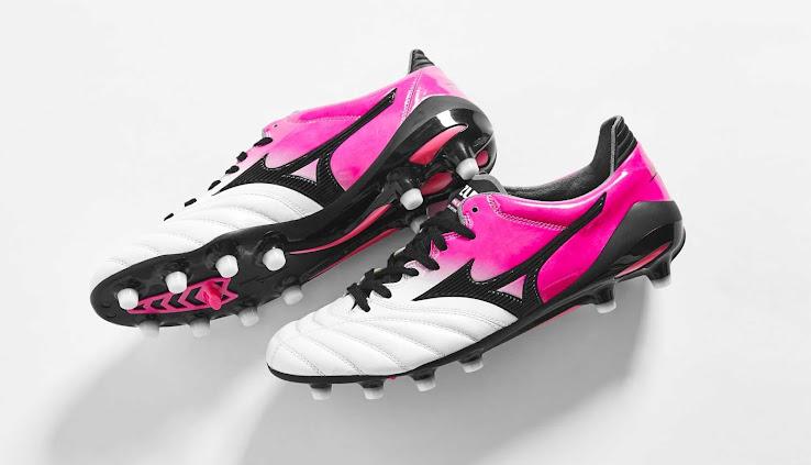 new styles d1e1e c4948 Bold New Boots For Hulk - Pearl / Pink Glow Mizuno Morelia ...