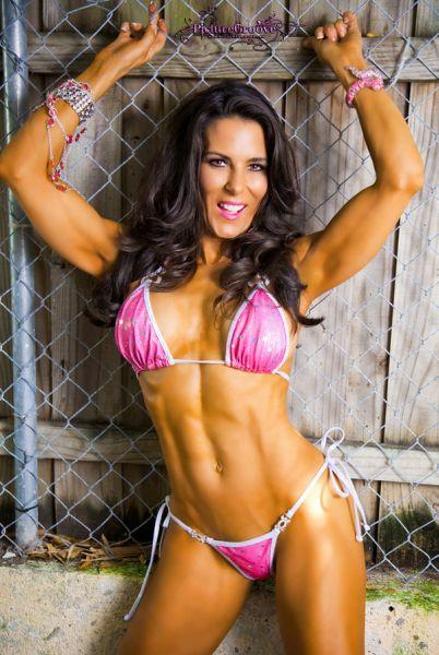 Laura London - Over 40 Female Fitness Models