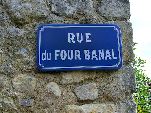 Street sign for rue du four banal (communal oven), Indre et Loire, France. Photo by Loire Valley Time Travel.