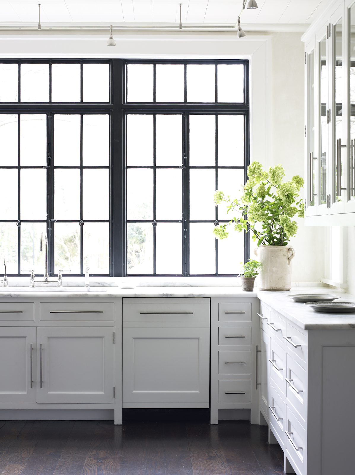 How To Make a Decorative Black Window Frame Insert   Rambling ...