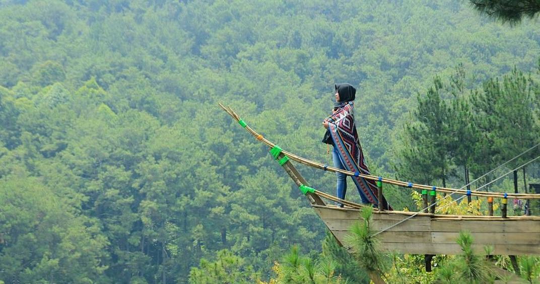 Spot Foto Memukau di Wisata Panorama Pabangbon Bogor