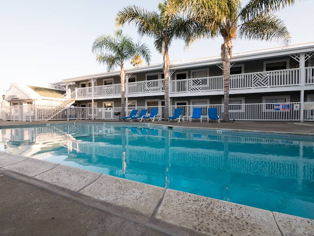 The Pacific is calling. Whether it's the beach, the scenery or just the scene, Beach Haven in San Diego is here to answer it.