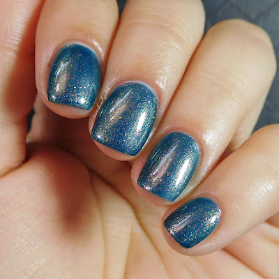 moonflower-polish-a-million-thoughts-swatch-3