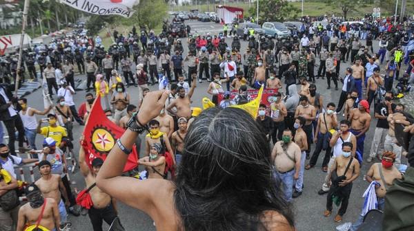 Gelombang Demo-Mogok Nasional Buruh Tolak Omnibus Law UU Cipta Kerja