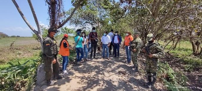 Gobernación busca soluciones para problemas ambientales de la comunidad de Rincón Guapo Loveran en Puebloviejo