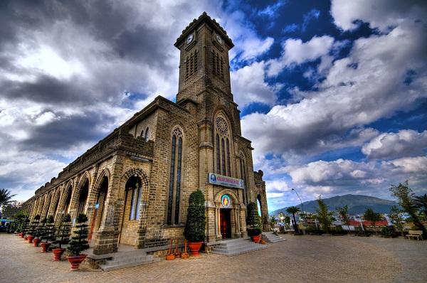 Nhà thờ Đá (Nha Trang)