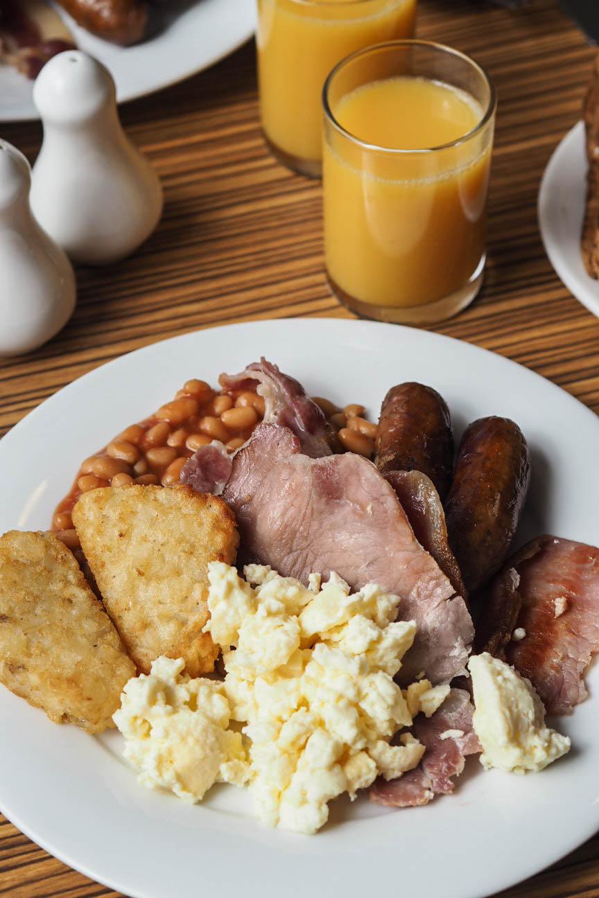 Full english breakfast at Travelodge